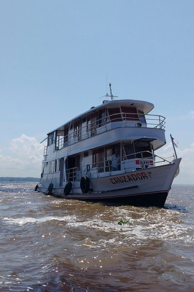 joshuas-amazon-expeditions-boat-trip-galeria-2