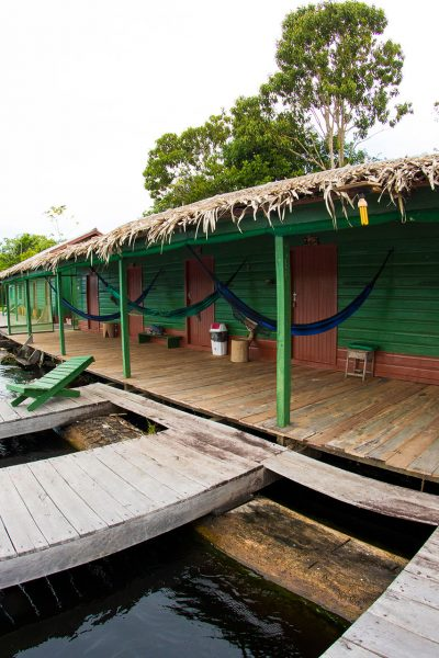 joshuas-amazon-expeditions-lodges-juma-floating-gallery-3